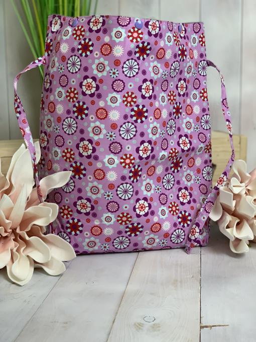 Schlauer Fuchs lila Blumen